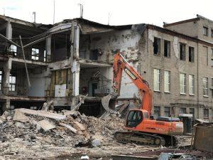 Снос и демонтаж в Пскове