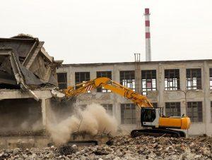 Снос и демонтаж зданий в Тюмени