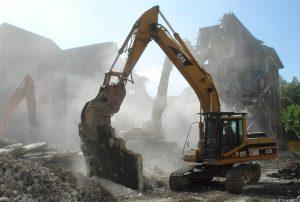 Оформление демонтажа и сноса здания в Севастополе